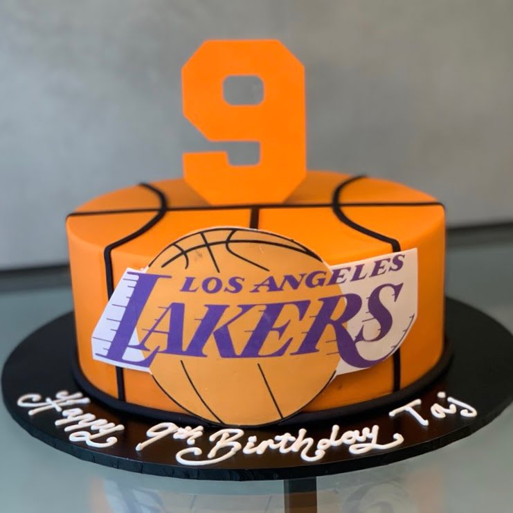 Wondrous Lakers Nikos Cakes Funny Birthday Cards Online Sheoxdamsfinfo